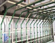 Водораспределительная система с форсунками дождевальной камеры
